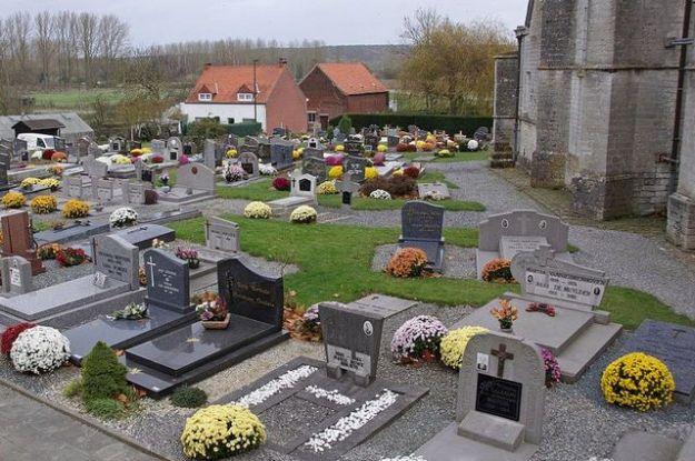 1024px-Sint-Agatha-Rode_cemetery_D_C&R