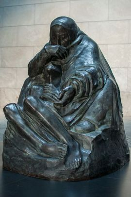 Mother_with_her_Dead_Son_(Käthe_Kollwitz)